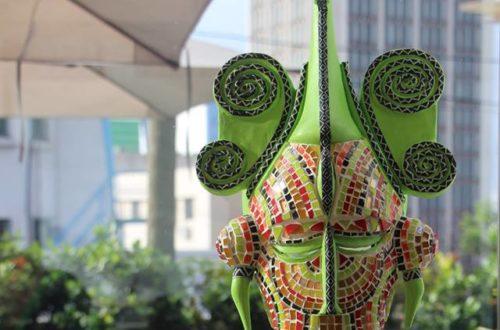 Article : United Colors of Africa : des oeuvres picturales rayonnantes et des masques colorés pleins de sens signés Claire Marboeuf